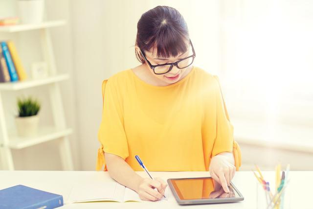 """北京新高考""""模拟考""""下周举行,居家考试图片"""
