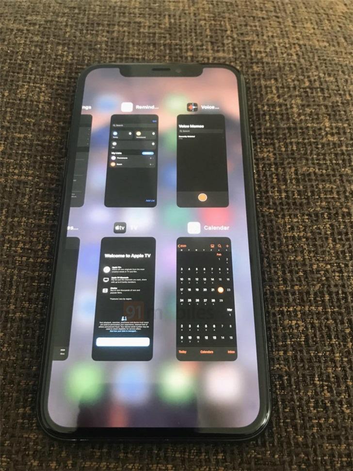 苹果iPhone 11 Pro Max运行iOS 14多任务界面曝光:与iPad类似