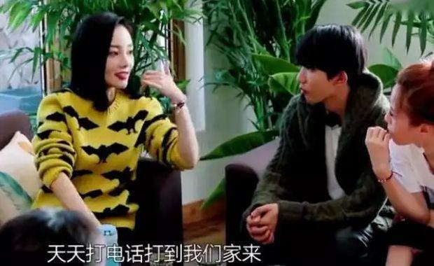 """李小璐自爆甜馨在幼儿园""""早恋""""?!正确认识""""婚姻敏感期"""""""