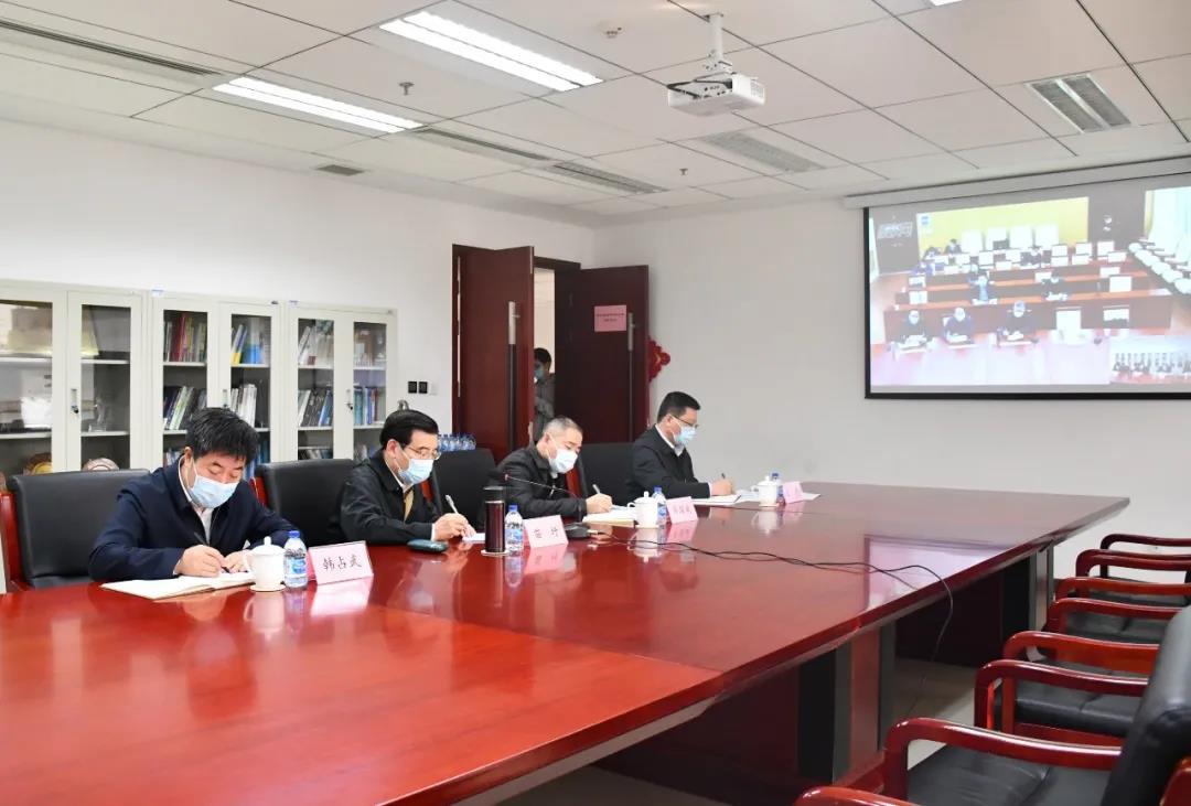 工信部部长苗圩:抓紧组织湖北省磷肥企业复工复产和达产图片