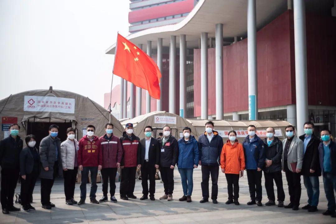 9批次、1600多人,上海援鄂医疗队出征的那些感人画面图片