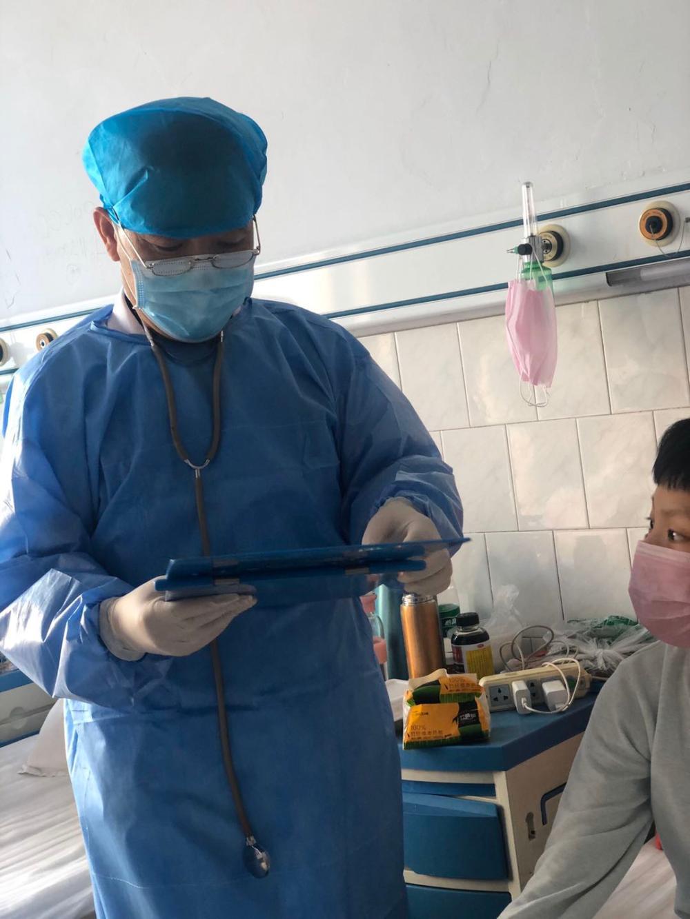上海战疫手记|父母在老家医院救治新冠肺炎病人,我在花桥道口守护上海西大门