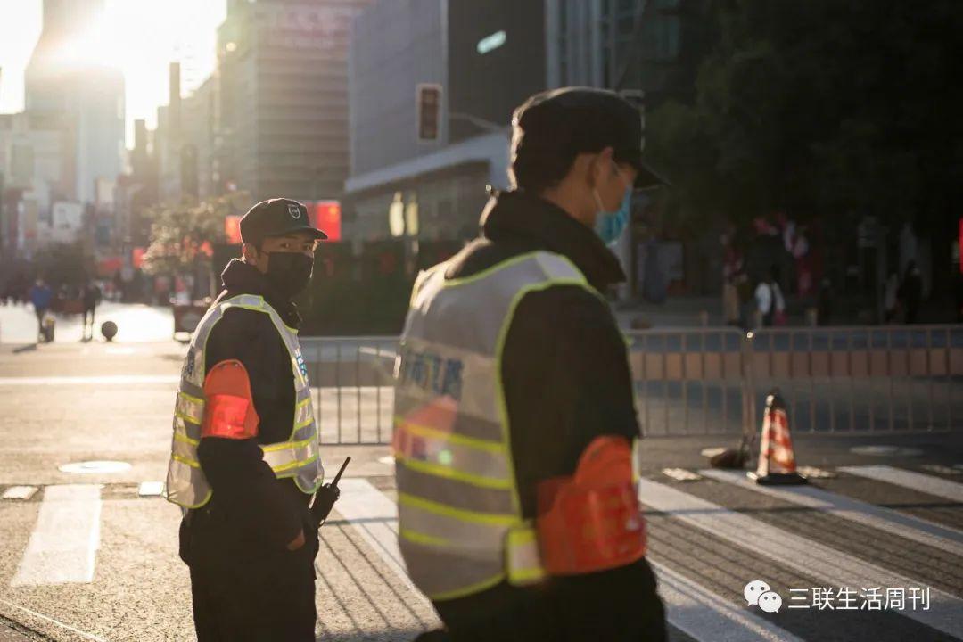 应对新冠,上海是如何及时敲响警钟的?图片