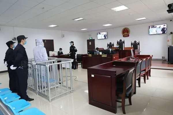 安仁县法院庭审现场。湖南高院 图