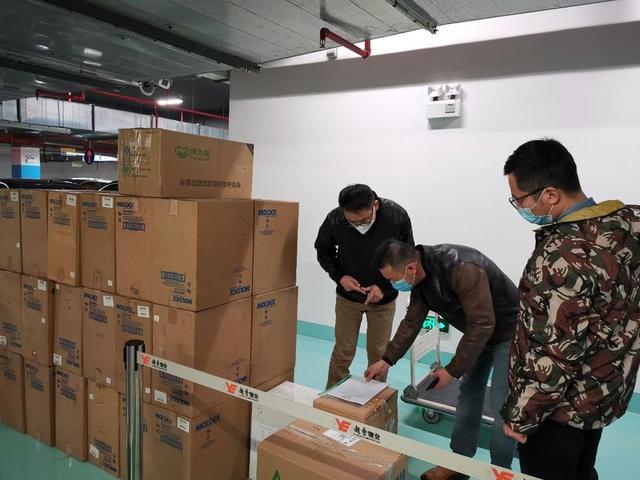 为271个车站备足防疫物资,广州地铁保障安全运营