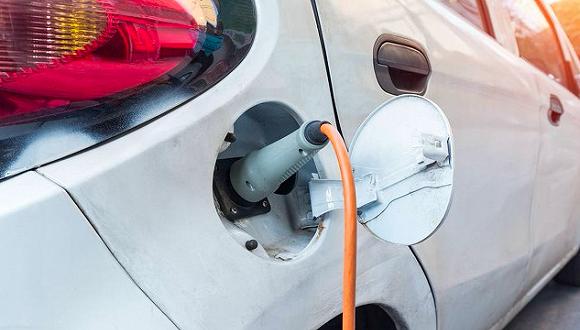 新能源汽车领域政策频出意味着什么?我们和这几家造车新势力聊了聊