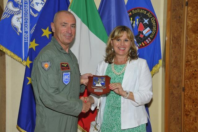 意大利中将飞行员,累计2700飞行小时,担任副总参谋长