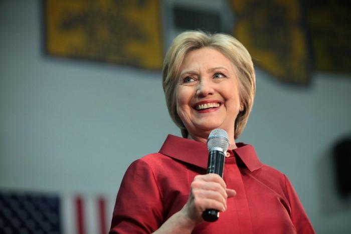 希拉里·克林顿将很快推出一档播客节目