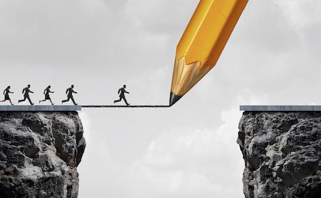 多家股份制银行跌幅超7% 专家:金融市场波动是短期的