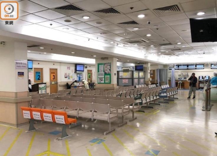 香港部分医护罢工损害紧急服务 梁振英怒斥该严惩图片