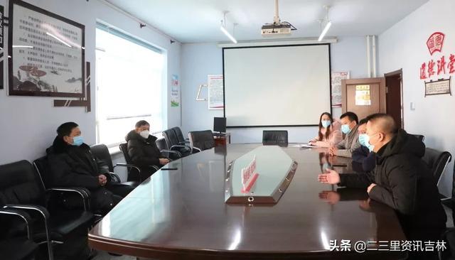 「抗击疫情 磐石在行动」市人大常委会主任张永福到东宁街道督导检查疫情防控工作