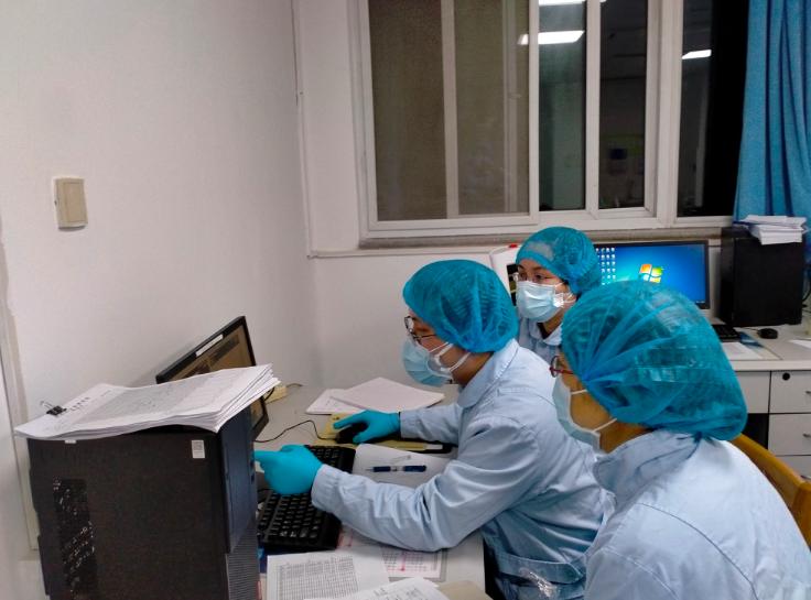 武汉连线丨查医生援鄂日记:65岁的她直肠癌术后,没死于癌症,却被这可恶新肺炎夺去生命