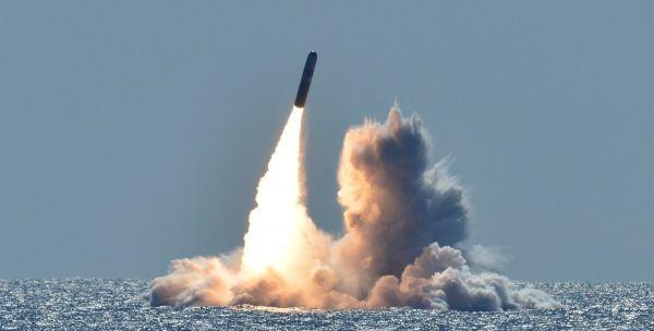 <b>美证实部署低当量潜射核弹 专家:加剧核战争风险</b>