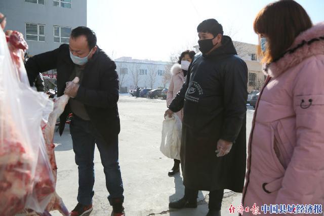 新疆和硕县:流动配送进小区做好便民服务