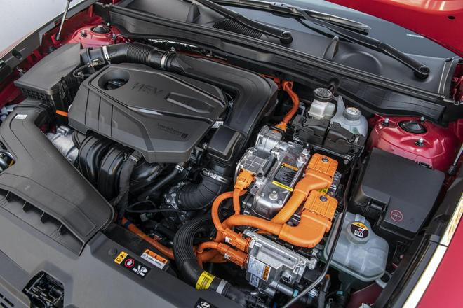 现代全新索纳塔混动版亮相 综合油耗4.5升