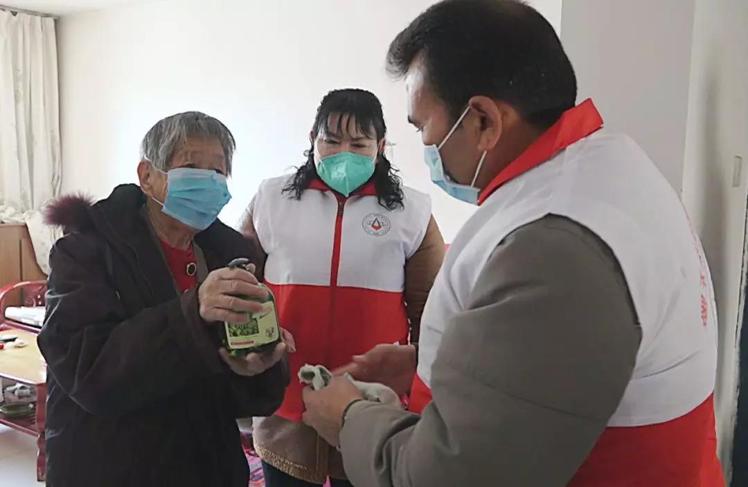 """墨玉县疫情防控发挥""""志愿力量""""图片"""