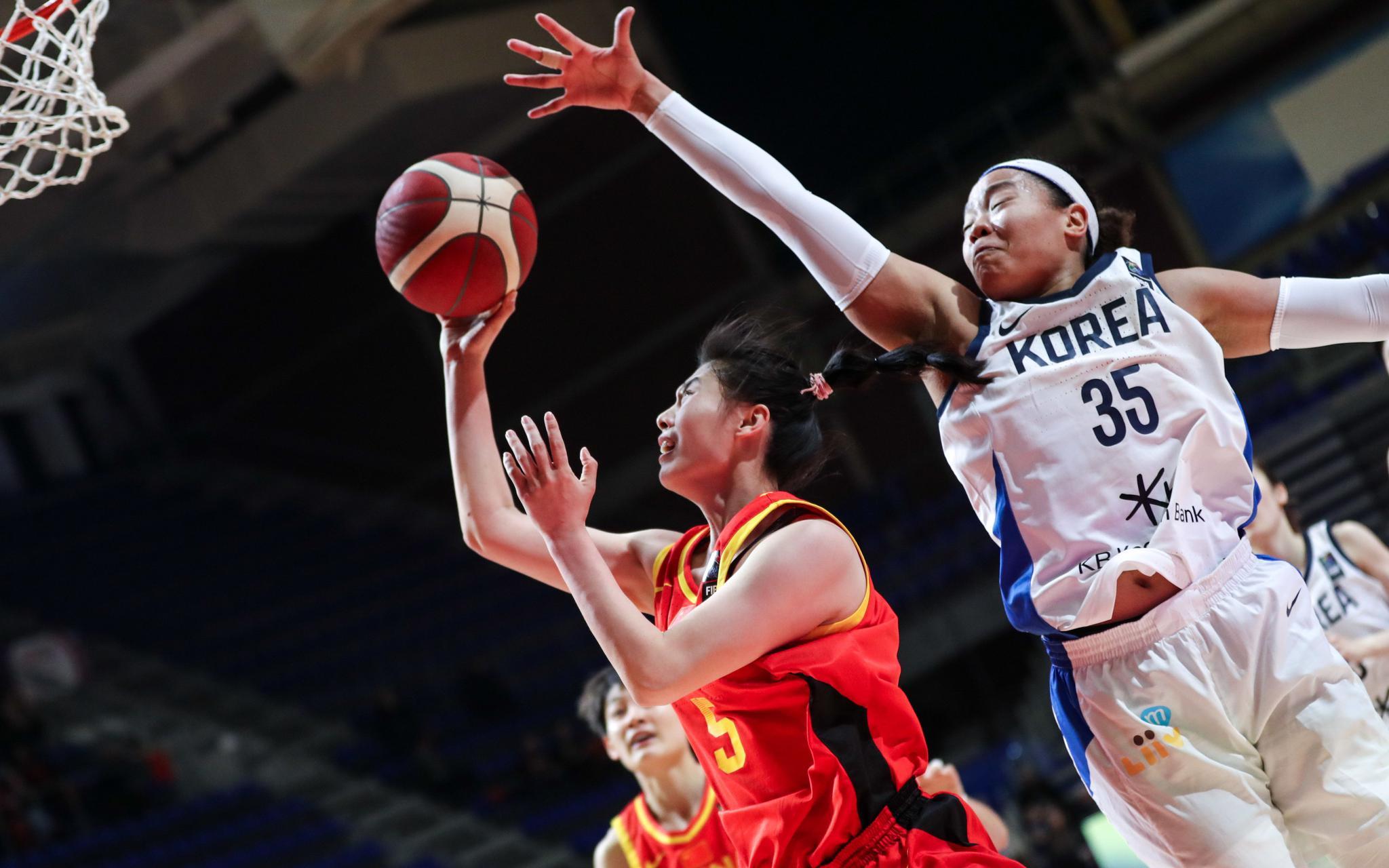 中国女篮大胜韩国40分,奥运资格赛3连胜收官图片