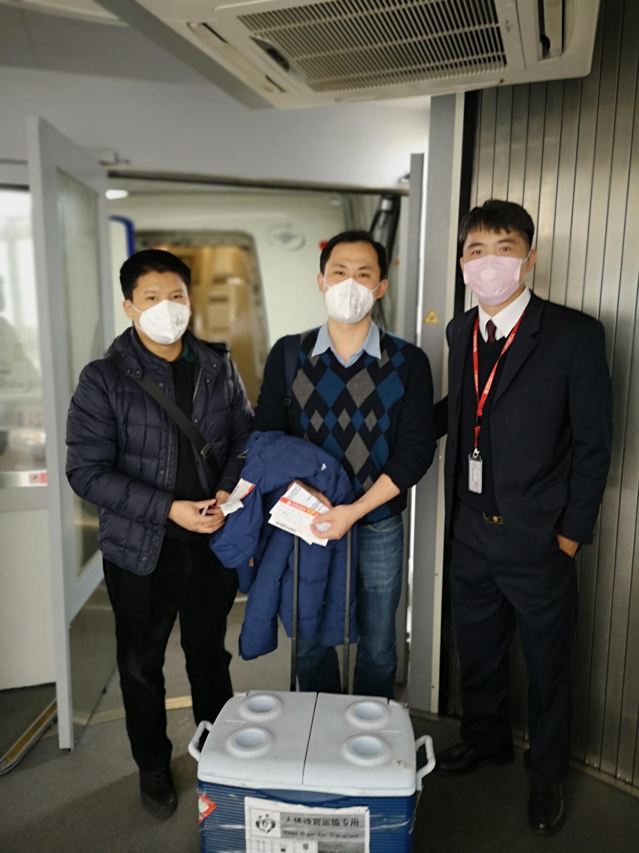 活体肺源上演空中接力 空运至杭州挽救新冠肺炎重症患者图片