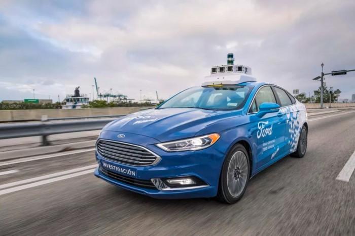 [图]福特提议FAA:车对车通信使用普通WiFi频谱是不安全的