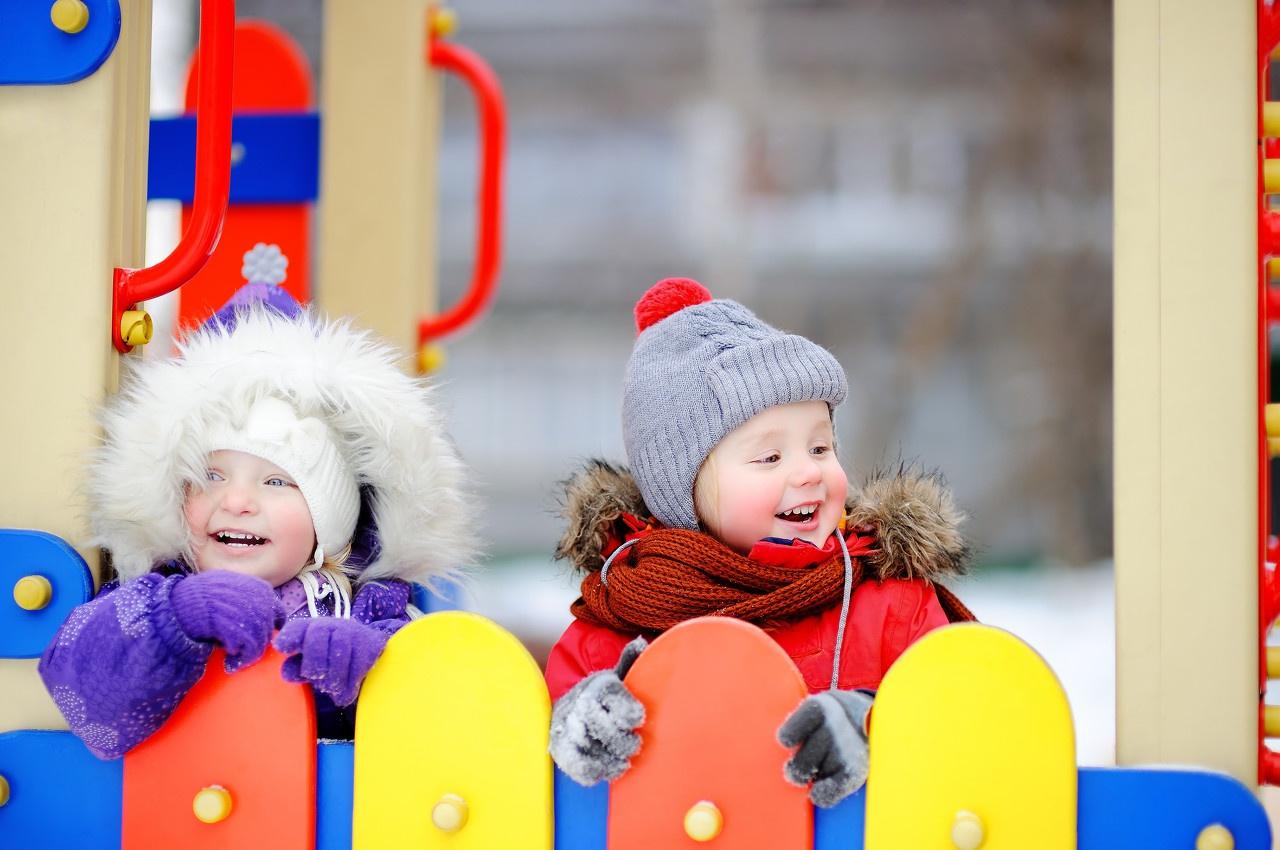广东将试行育儿假,鼓励幼儿园开设托班