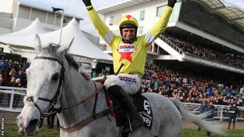 英国切尔滕纳姆赛马节如期举行。(图源:BBC)