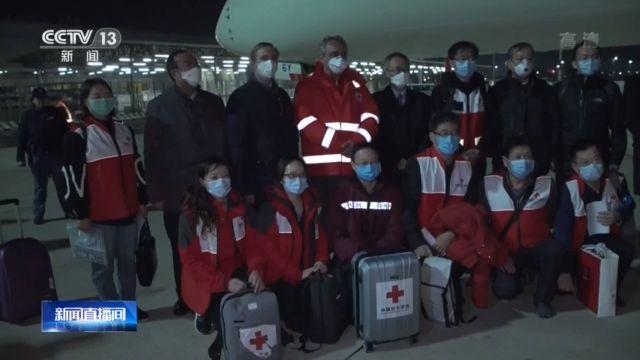 """意大利卫生部官员:感谢中方驰援米兰 正全力搭建""""方舱医院""""图片"""