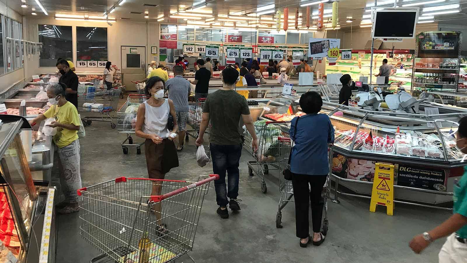 泰国总理要求新闻媒体客观报道新冠肺炎疫情 不要造成民众恐慌图片