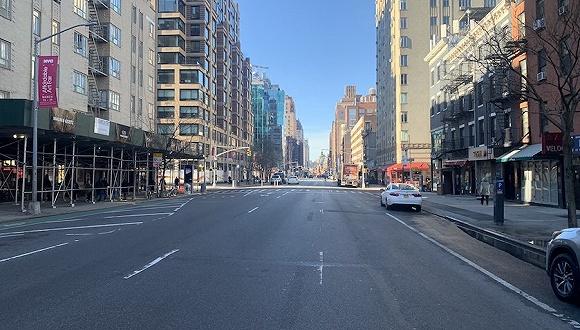 纽约空荡荡的陌头。图片泉源:推特
