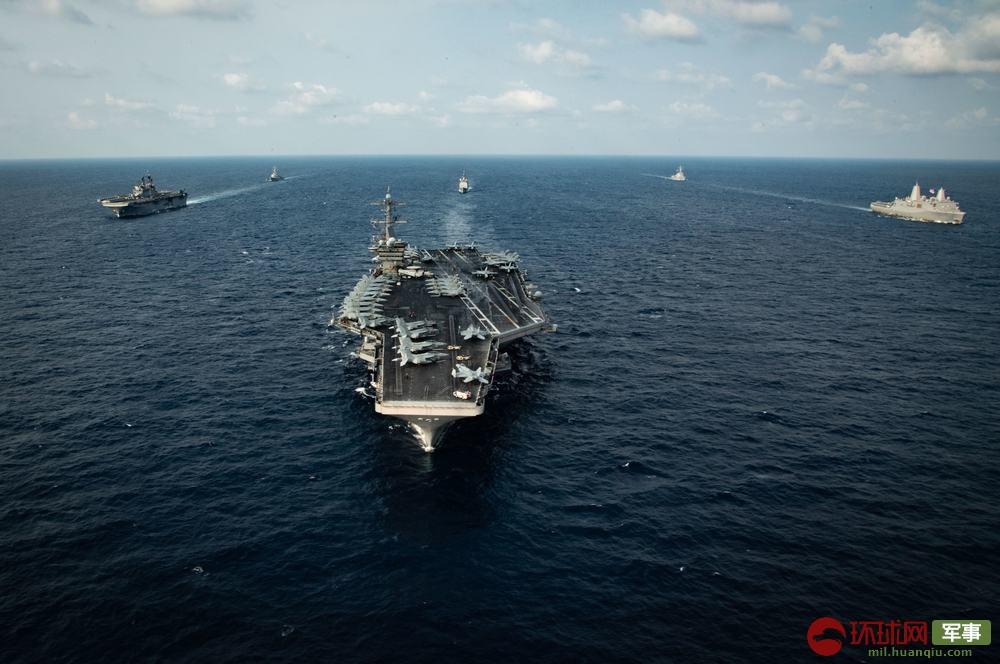 """美国海军又来南海捣乱,这次是航母联合两栖攻击舰""""秀肌肉""""图片"""