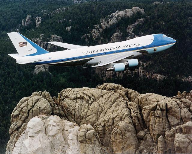 可惜了,美国下一代总统专机将于2025年服役,特朗普没机会享用了
