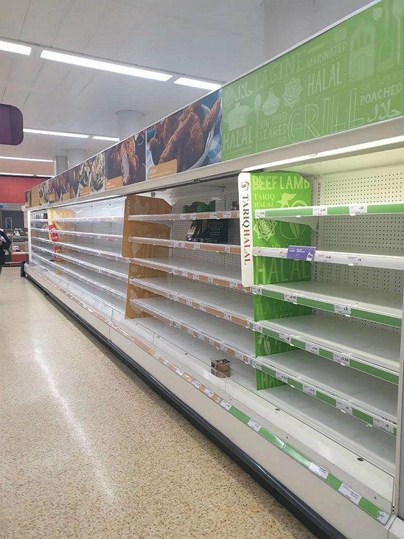3月18日,伦敦一家Sainsbury's超市内的景象。来源:受访者提供