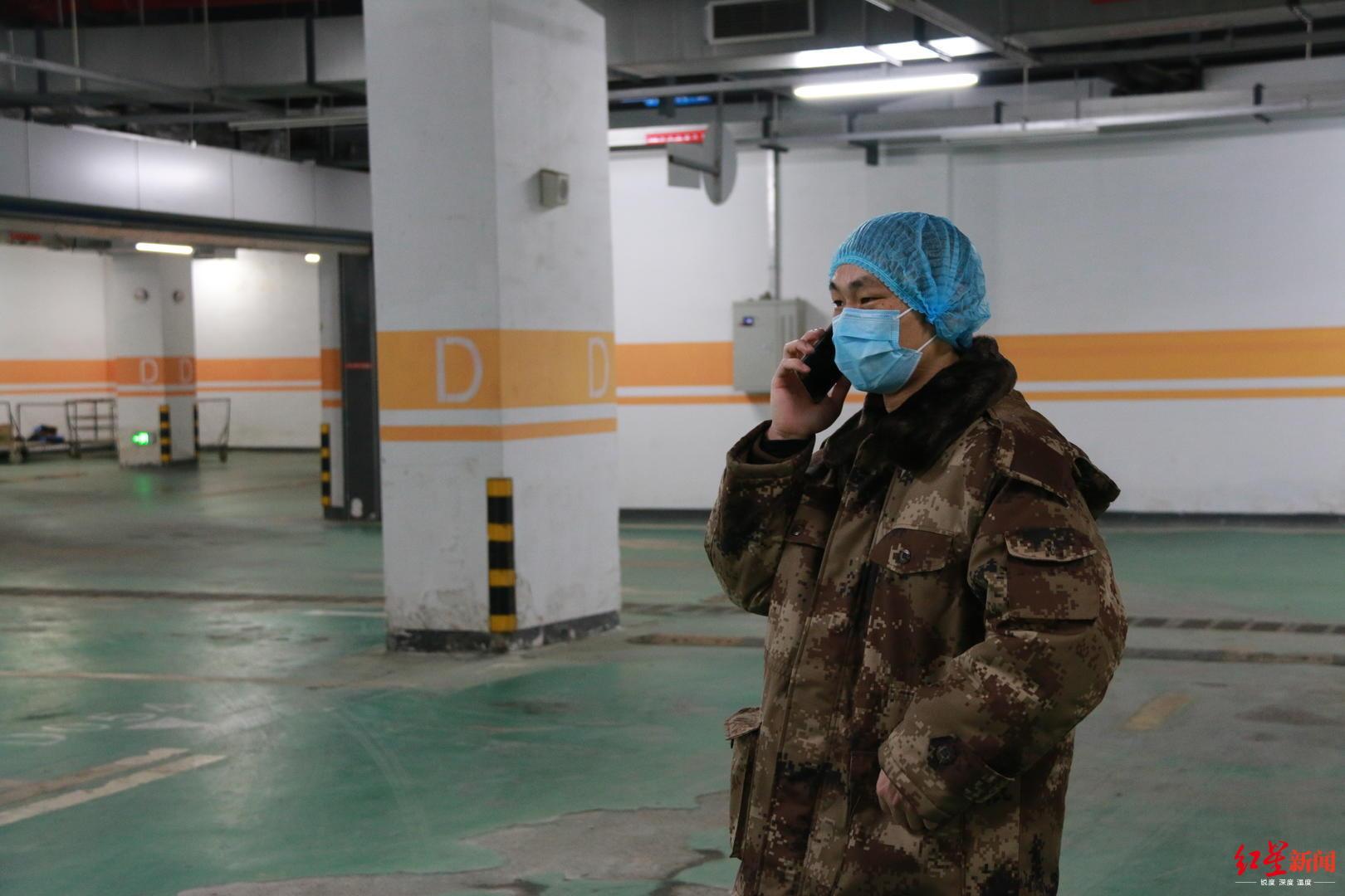 回收、转运、焚烧,武汉另一群离传染源最近的人图片