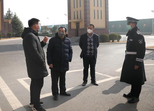 郑州工业应用技术学院:实施双导制 构筑师生健康严密防线