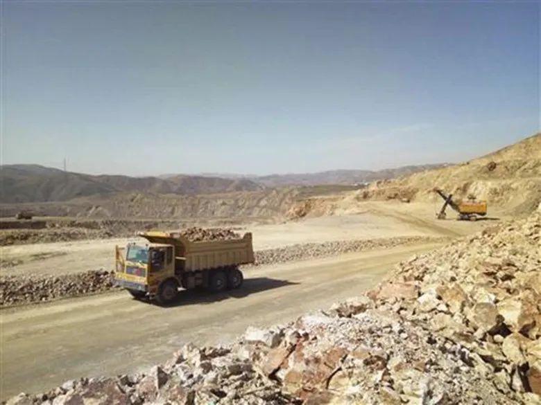 法院优化营商环境 中西矿业涅槃重生 乌兰察布市首个破产重整成功企业全面恢复生产图片