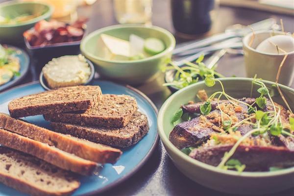 肥宅必看!以第三人称自我对话可以促进饮食健康:有助减肥