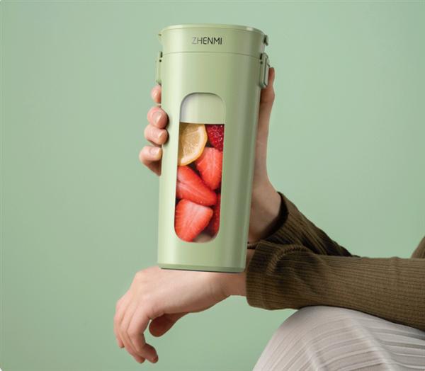 小米众筹新品:真空便携榨汁杯 一键15秒抽真空