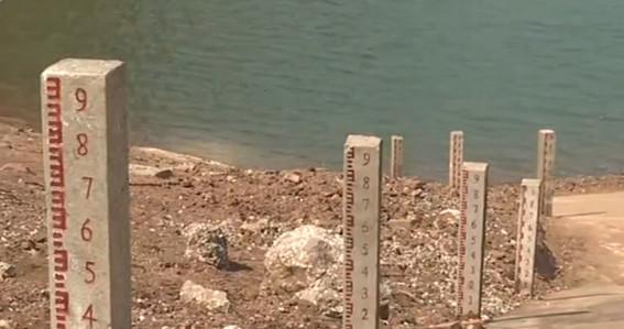 云南:冬春连旱 94.5万人饮水困难图片