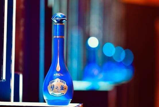 """白酒行业的复苏在即,洋河股份逆势推出""""梦之蓝M6+"""""""