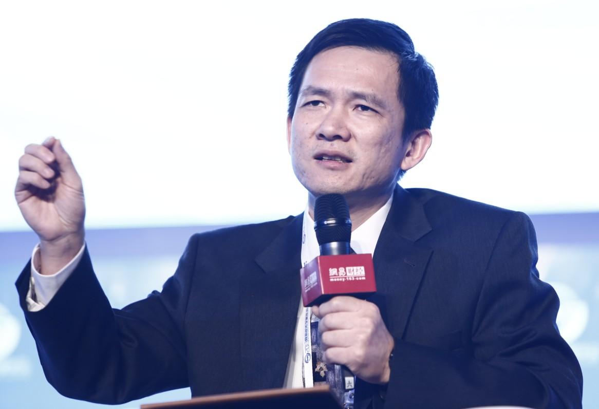 专访姚洋:当心疫情冲击演变为系统性经济衰退
