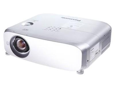 松下BW550C投影机云南促销72999元