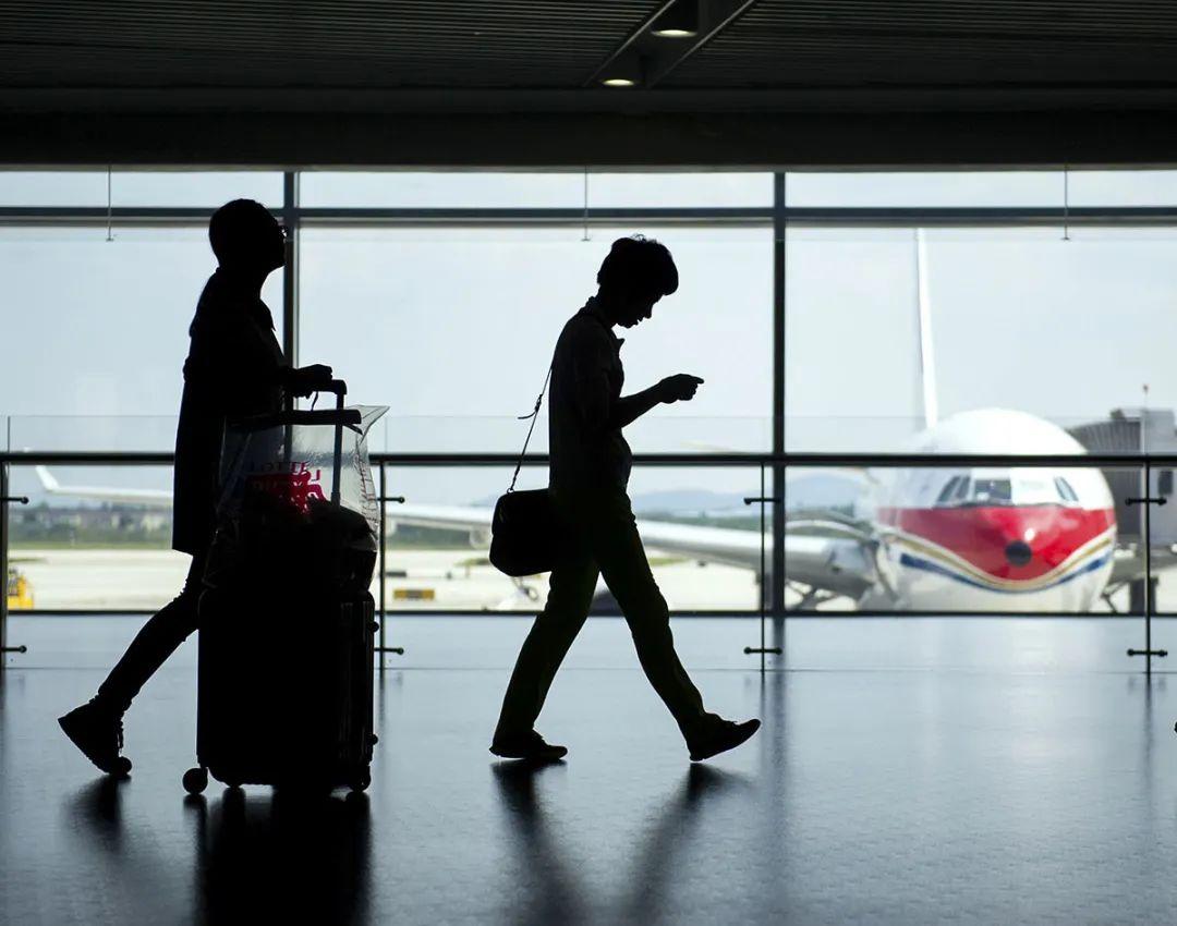 """""""白菜价""""也别着急下手!大批航班临时取消,提前2-3天买票也不迟图片"""