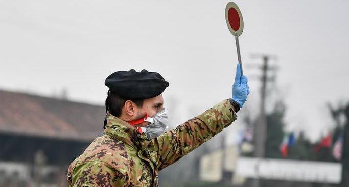 """当初挖苦中国""""抗疫过度""""的人 现在脸烫吗?图片"""