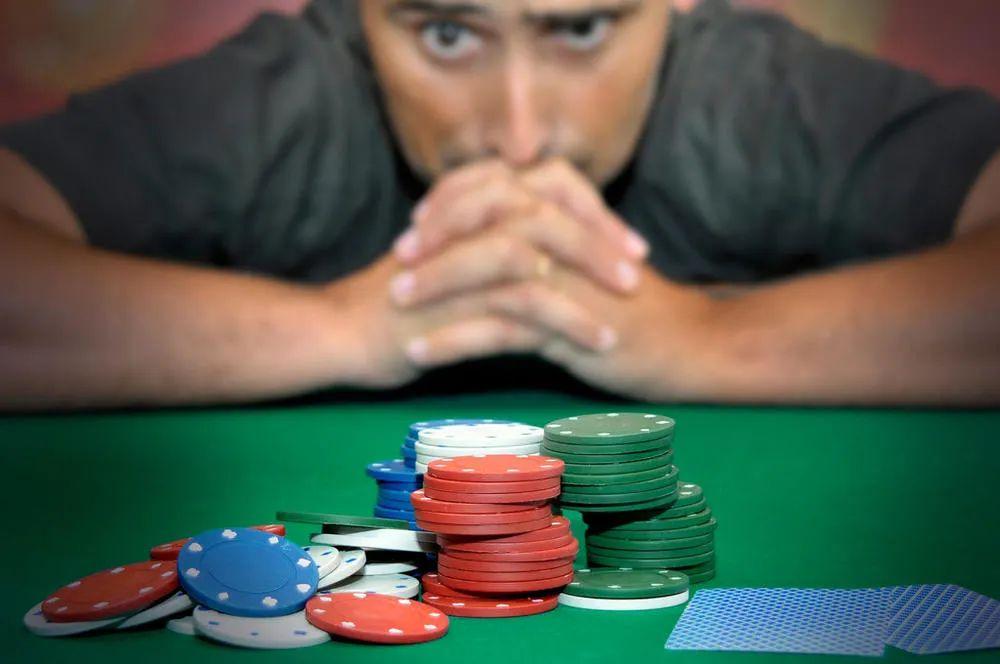 疯狂的币圈合约:杠杆最高达125倍 一夜爆仓20亿美金