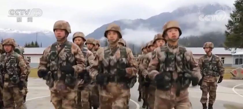 「彩票代理」西藏边防官彩票代理兵的雪山巡逻路图片