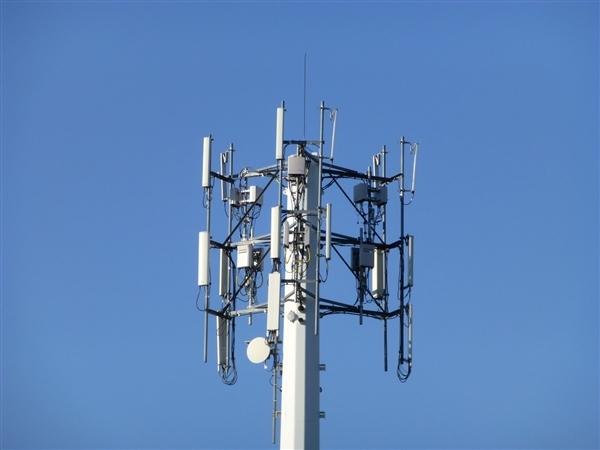 又一个国家焚烧5G基站荷兰人称5G影响人类健康
