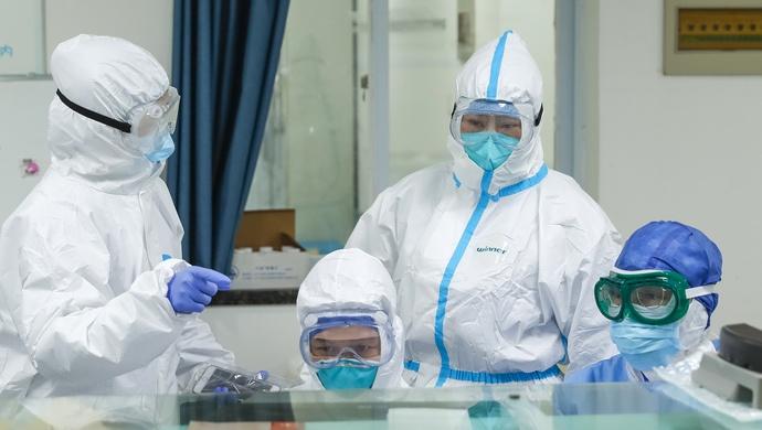 抗击疫情,这对上海退役军人夫妇齐上阵……图片