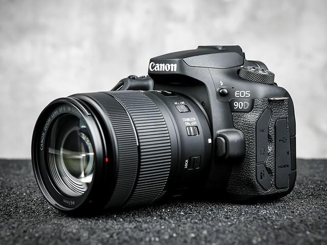 高像素单反相机 3250万佳能90D套机促销