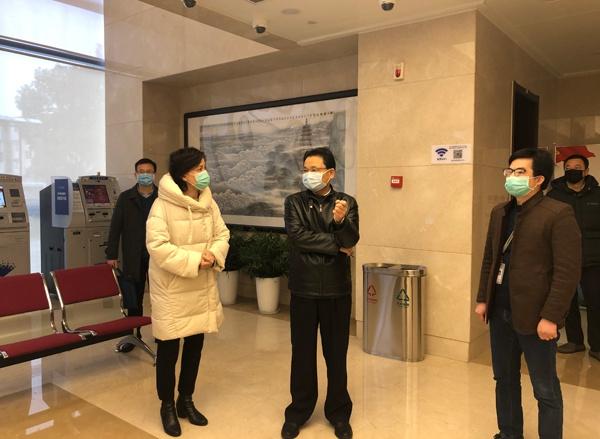 谢济建局长到省直住房公积金中心检查指导疫情防控和复工情况图片