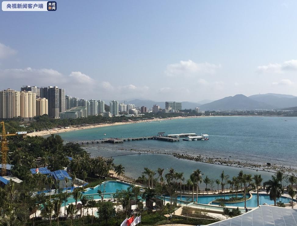 [摩天登录]海南摩天登录三亚五一假期公共沙图片