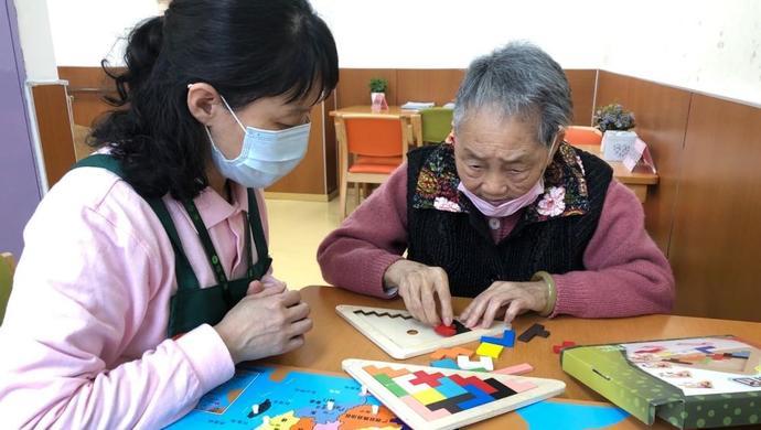 """上海老年日托""""停摆""""三月再开放,老伙伴如何聚首图片"""